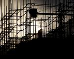 Government  returns back  controls on small construction sites